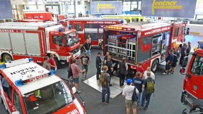 Besucher-am-Lentner-Interschutz-Messestand.jpg