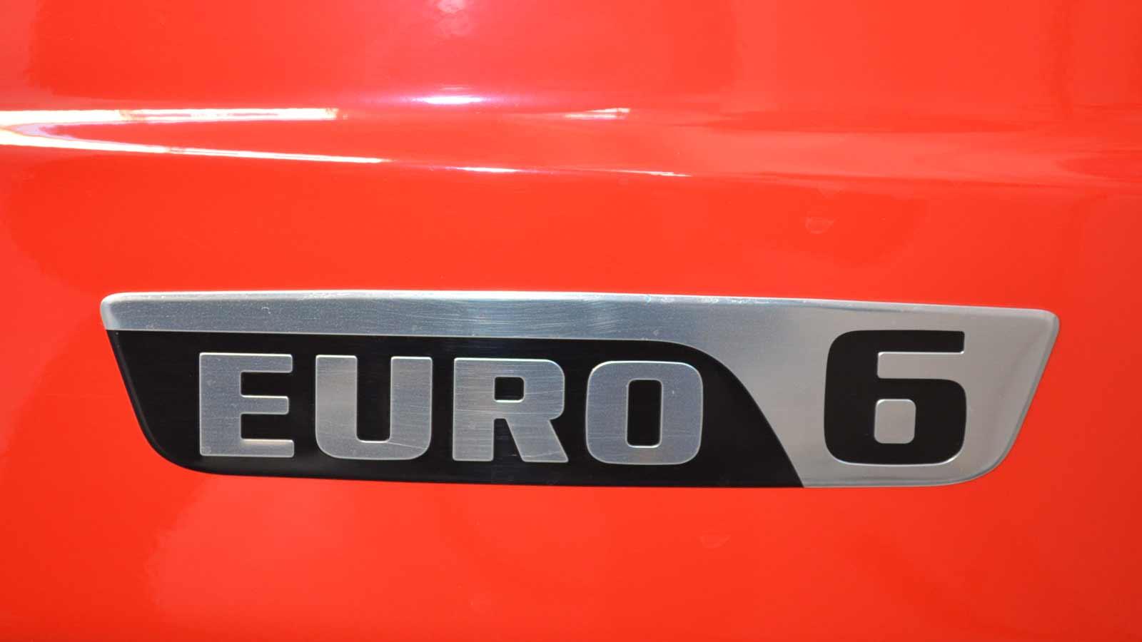Euro6-Emblem.jpg