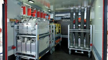 Ladeflaeche-mit-Rollcontainern.jpg
