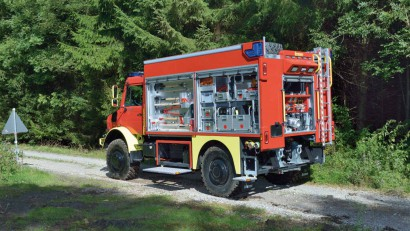 Lentner-TLF-3000-auf-Unimog.jpg