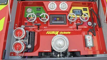 Pumpenbedienstand-CAFS-des-FeuReX-Vorfuehrfahrzeuges.jpg