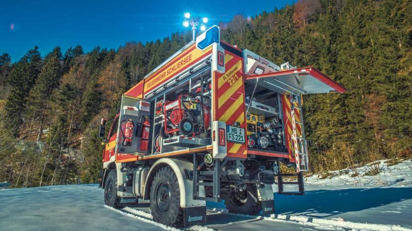 TLF-2000-auf-Unimog-U20-Feuerwehr-Schliersee.jpg