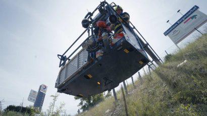 bronto-skylift-lentner-f32tlk-unter-strassenniveau.jpg